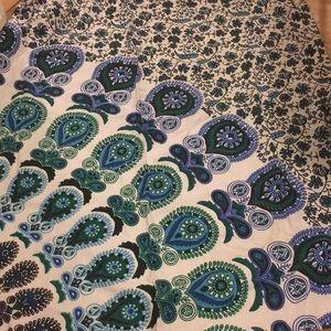 Cotton medallion tapesty